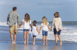 מה אני יכול לעשות כדי שהילד שלי לא יהיה מול מסכים